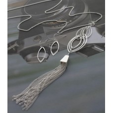 "32"" Chain with Multi Open Oval Tassel Pendant - Silver"