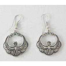Antique Silver Wire Dangle Earring