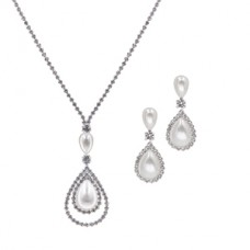 Rhinestone and Pearl Necklace Set with Earrings - Silver